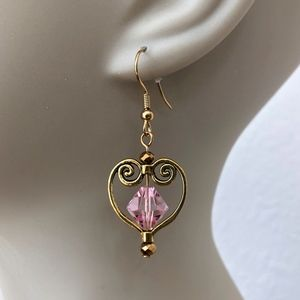 Jewelry - New Pink and gold tone Heart Dangle Earrings